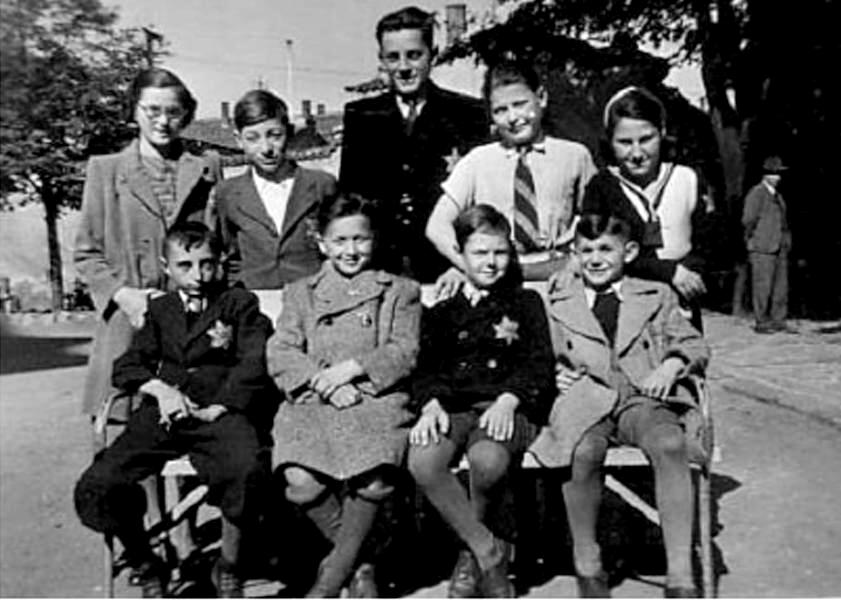 the nazi persecution of the jews gypsies and other minorities during world war ii Nazi germany 1933-1939: early stages of persecution how hitler laid the groundwork for genocide you might also like  about half of the german-jewish population and more than two-thirds of austrian jews (1938-1939) fled nazi persecution  elsewhere in europe (where many would be later trapped by nazi conquests during the war),.